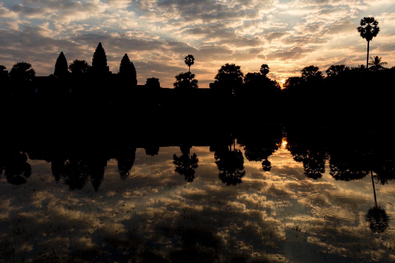 Lever de soleil sur Angkor Wat, Cambodge