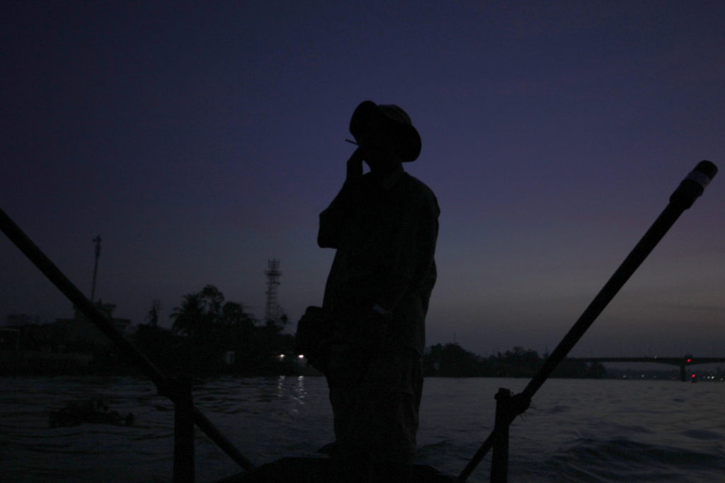 En barue dans le delta du Mékong, Can Tho, Vietnam