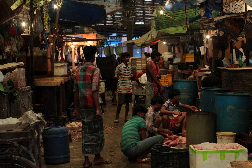 Marché couvert à Calcutta, Inde