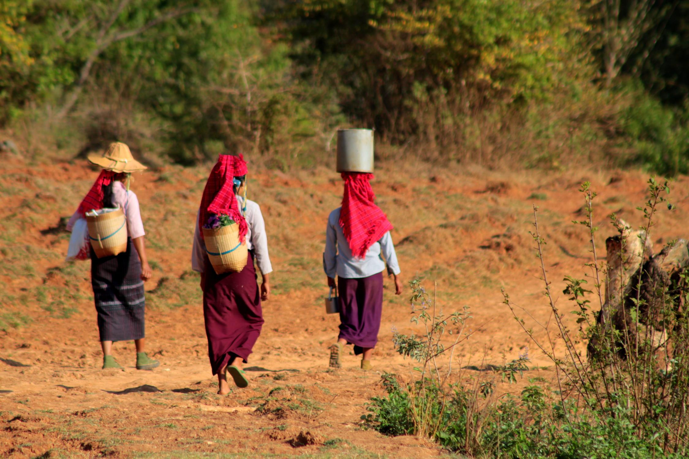Birmanes dans les montagnes Shan, Birmanie