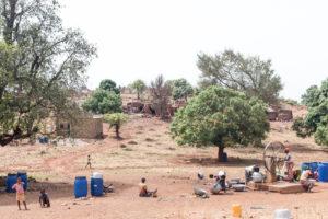Un puits dans le village Lobi de Sansana, Burkina Faso