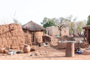 Village Lobi des sculpteurs de bois, Burkina Faso