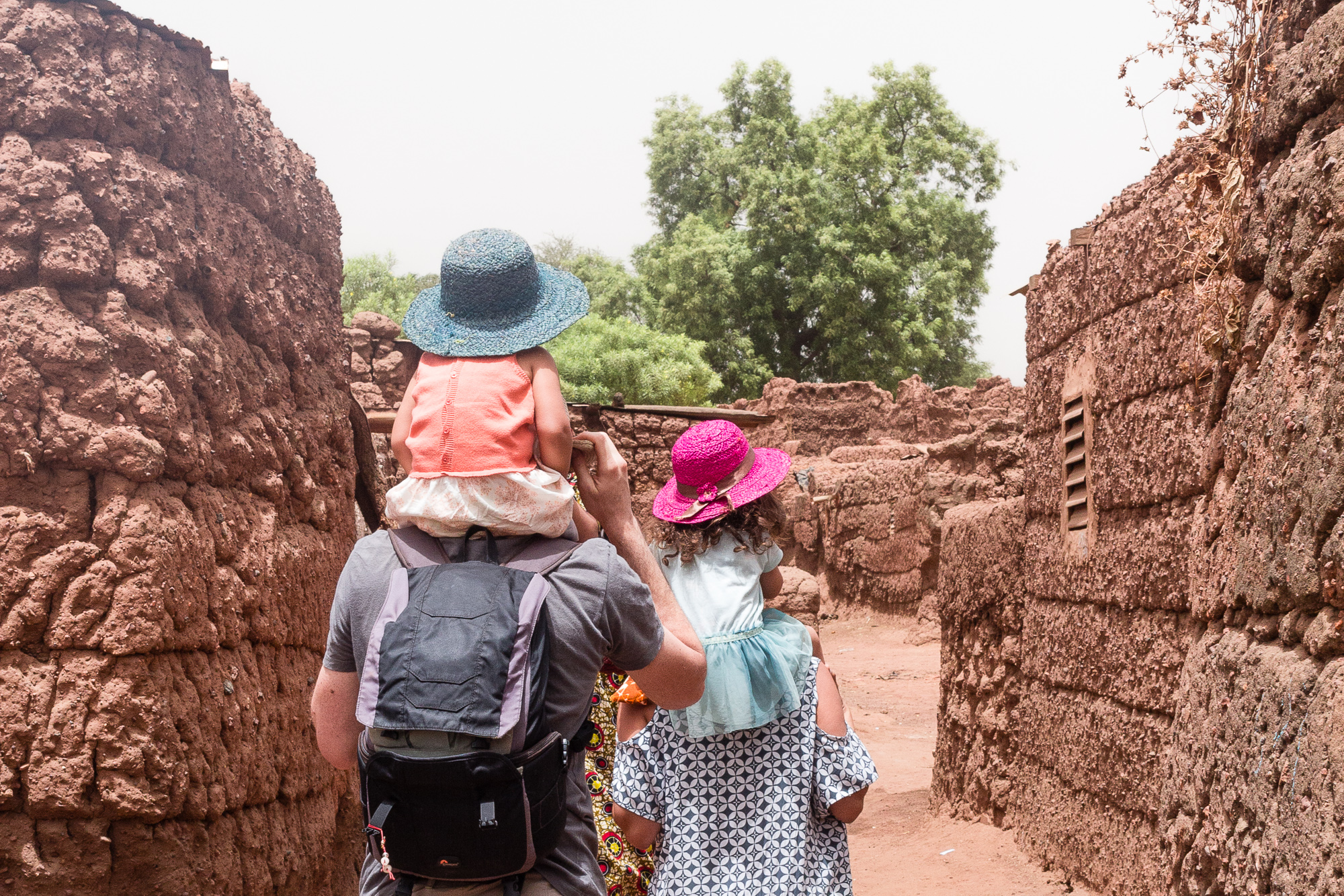 Dans les ruelles de Koumi, Burkina Faso