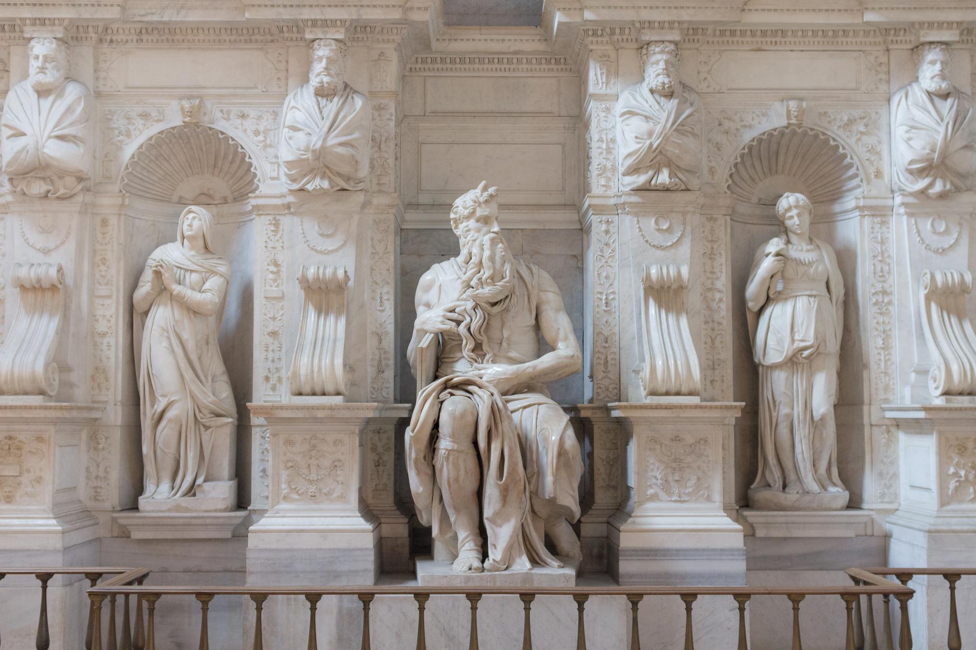Statue de marbre de Moïse, Basilique Saint Pierre aux liens, Rome, Italie