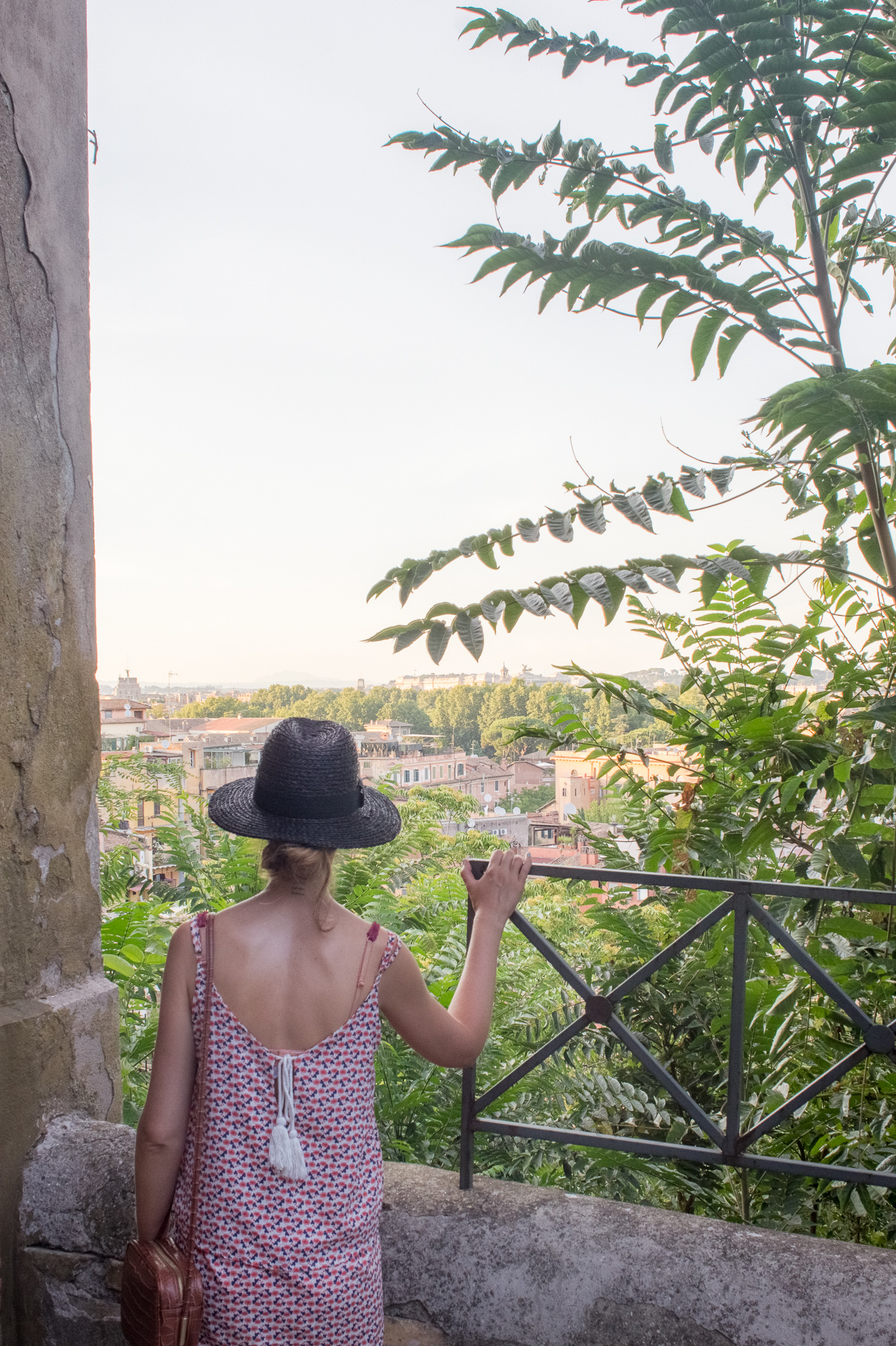 Regard sur la ville de Rome, colline du Janicule, Italie