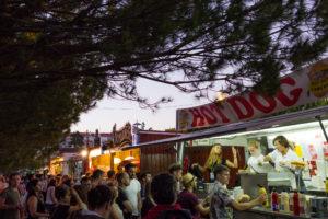 Stands de nourriture, festival Nos ALive, Lisbonne, Portugal