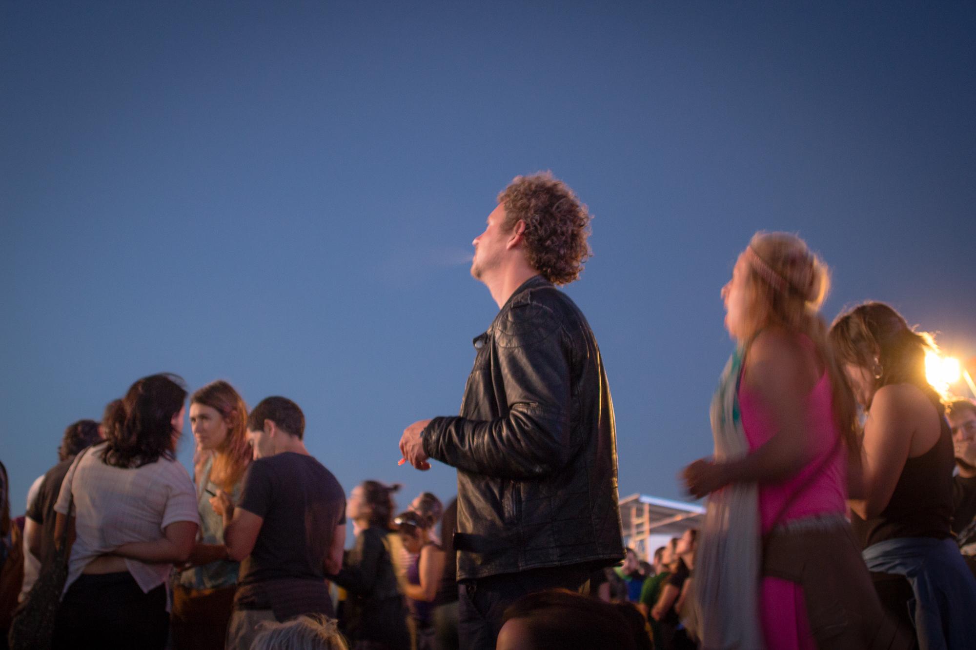 Festivaliers au festival de musique Nos Alive, Lisbonne, Portugal