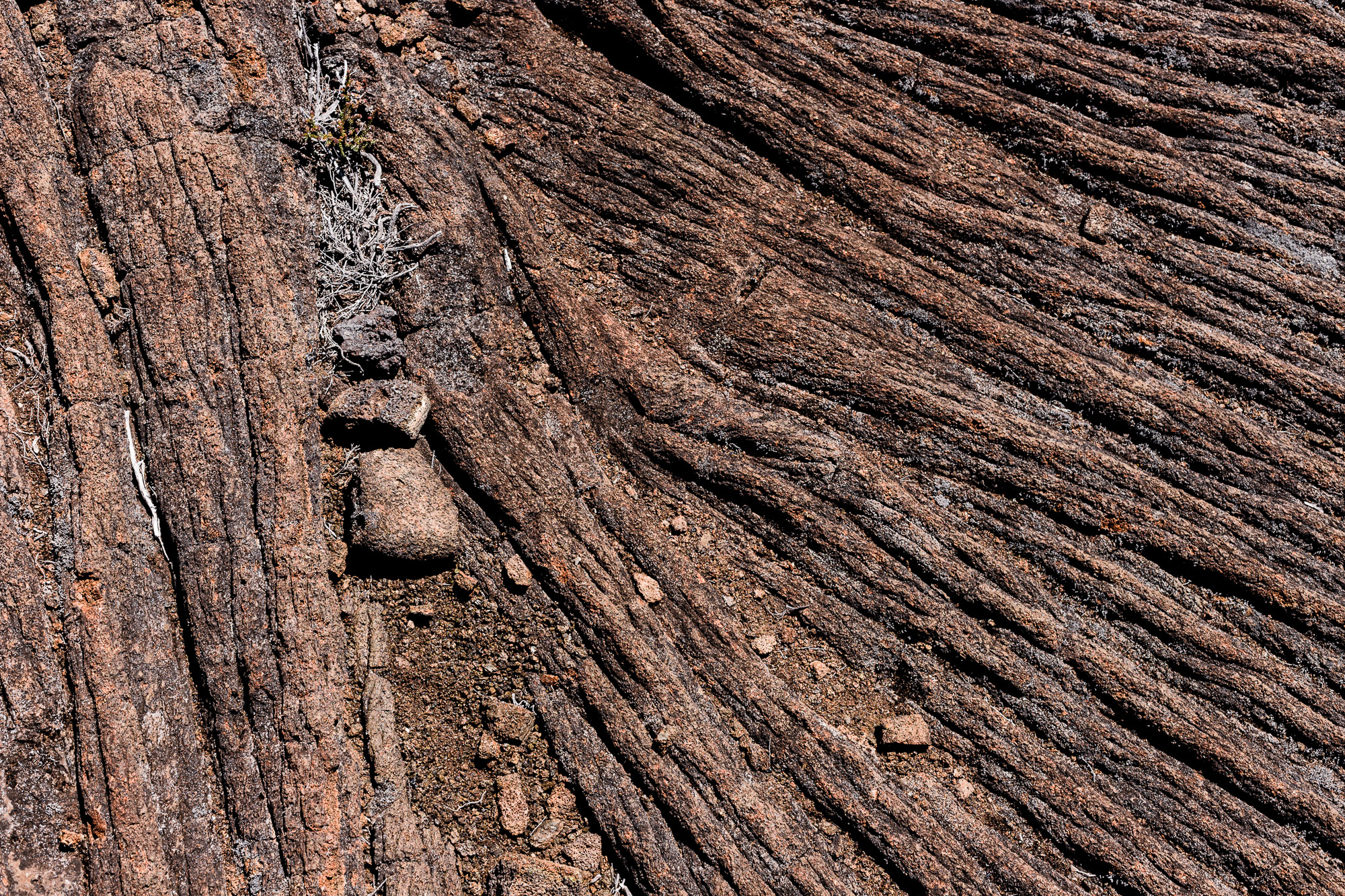 texture ridée lave piton de la fournaise