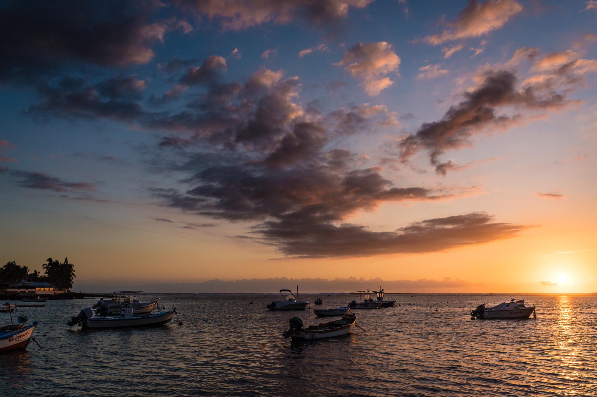 bateaux et couchers de soleil Bassin Pirogue