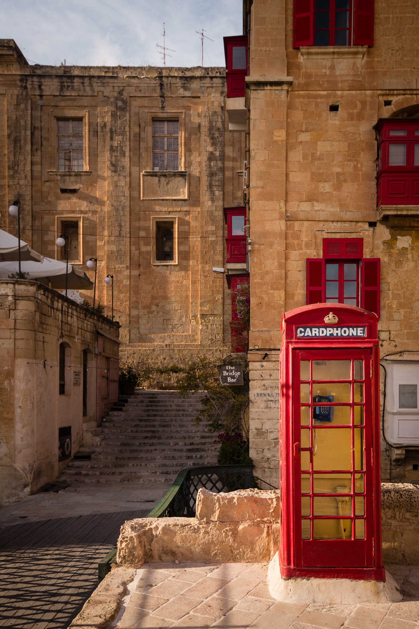 cabine telephonique rouge malte